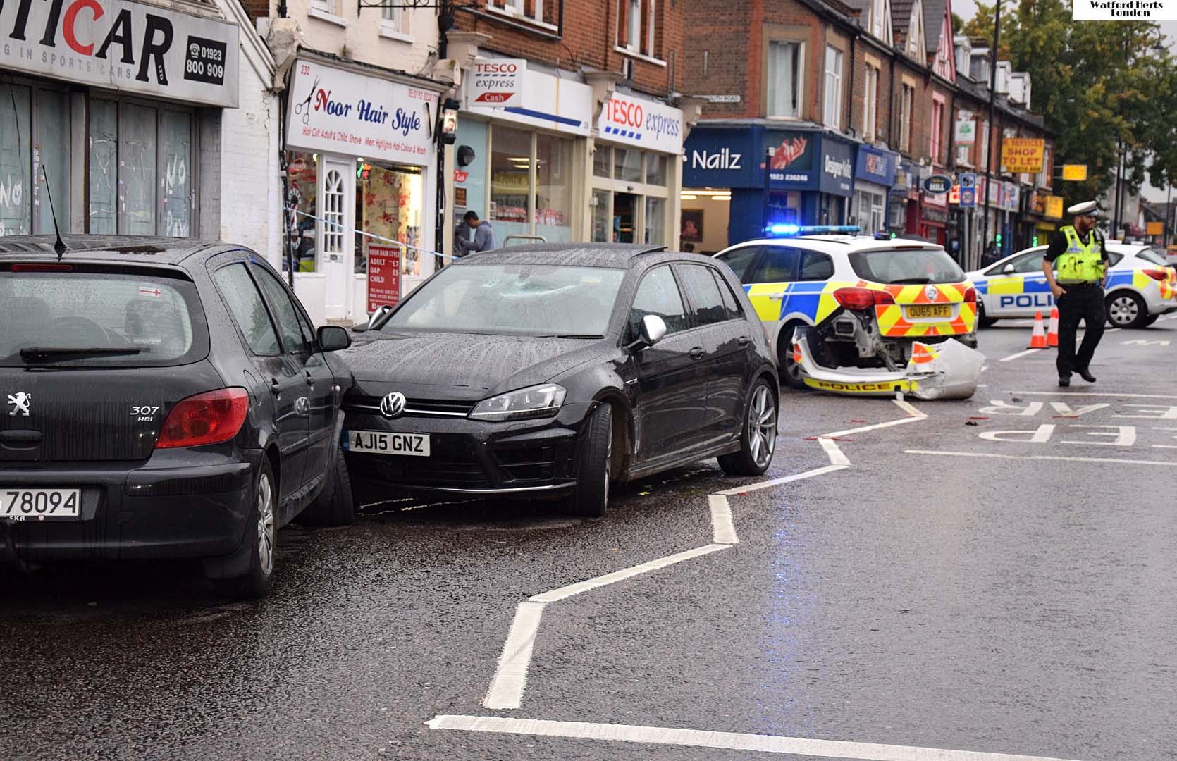 Police Chase Stolen Car Crashes on St Albans Road Watford