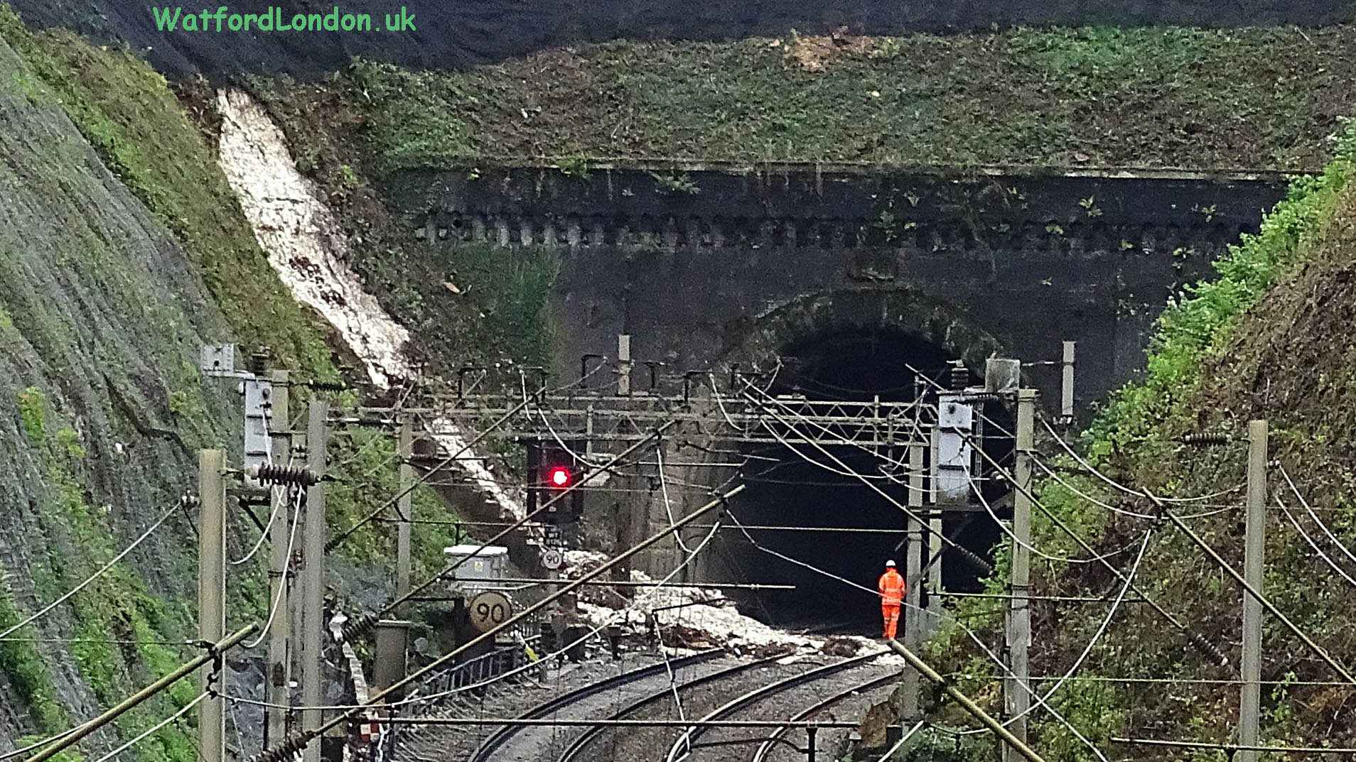 Heavy Rain Landslide Derails Train at Watford Tunnel