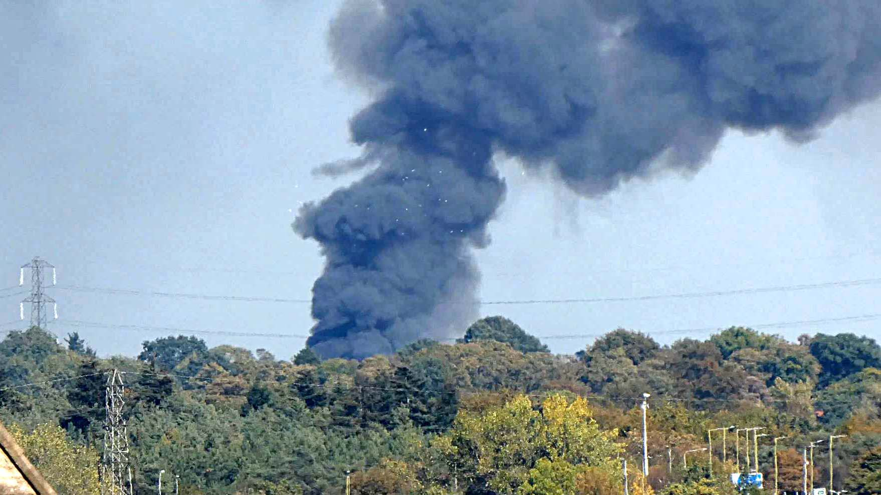 Scrapyard fire in Aldenham could be seen for miles as Thick Black smoke bellowed into the sky.
