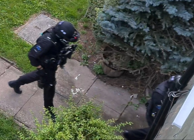 armed police, AC3, response,